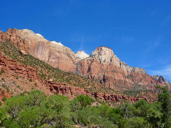The west wall of Zion Canyon along the Pa'rus Trail